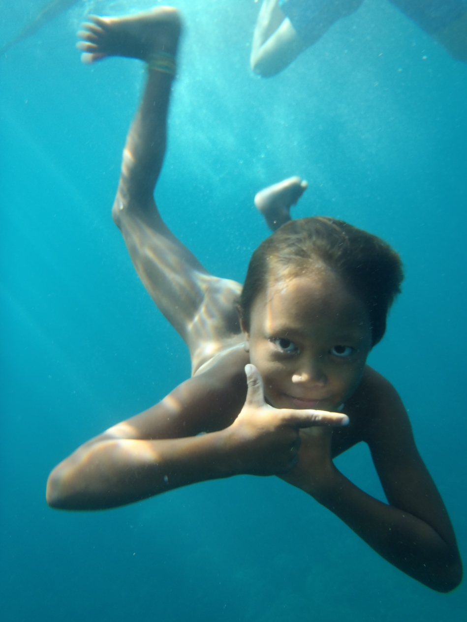 Diving Bajau kid   The Aquatic Ape