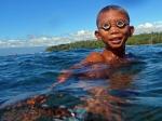 Nelayan Sama dilaut gurita capture, Teluk Davao, Mindanao, Filipina