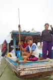 Sama Houseboat and speargun, Maiga Island